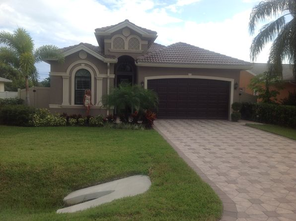 4 bed 3 bath Single Family at 568 93rd Ave N Naples, FL, 34108 is for sale at 790k - 1 of 14