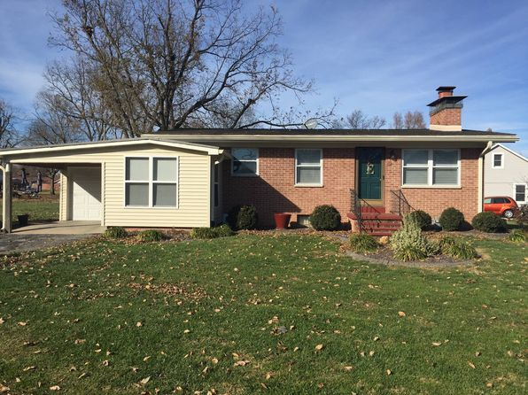 2 bed 1 bath Single Family at 102 Graner St Smithton, IL, 62285 is for sale at 130k - 1 of 13