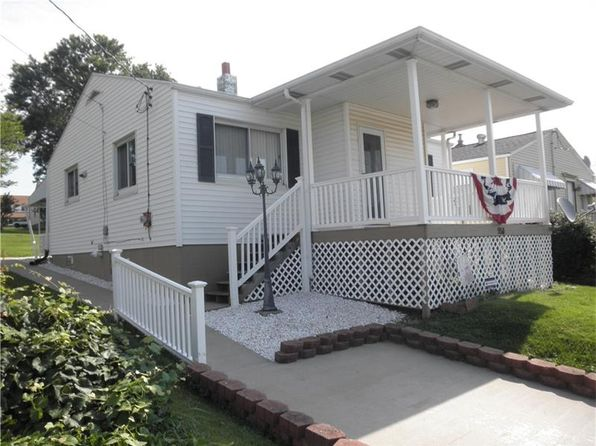 2 bed 1 bath Single Family at 950 Michigan Ave Washington, PA, 15301 is for sale at 85k - 1 of 19