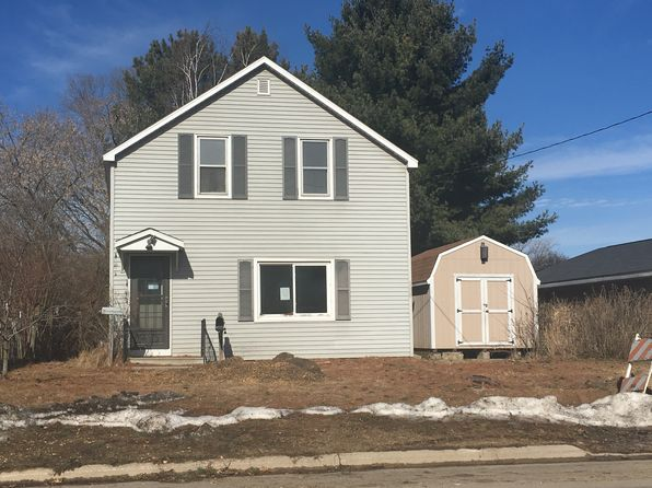 3 bed 1 bath Single Family at 214 Gale St Oconto, WI, 54153 is for sale at 28k - 1 of 13