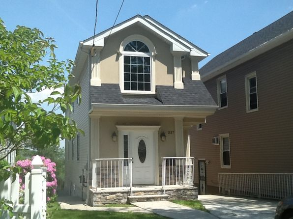 3 bed 4 bath Single Family at 237 CASTLETON AVE STATEN ISLAND, NY, 10301 is for sale at 599k - 1 of 19
