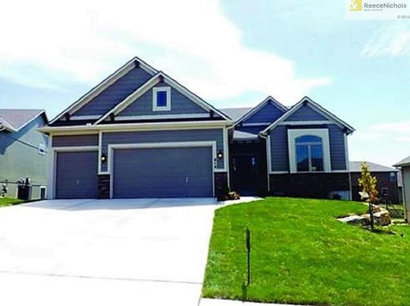4 bed 3 bath Single Family at 800 S Washington St Raymore, MO, 64083 is for sale at 297k - 1 of 20