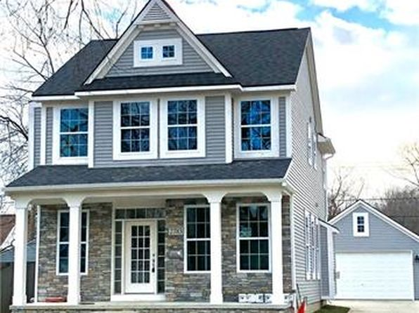 3 bed 2.5 bath Single Family at 2783 Royal Ave Berkley, MI, 48072 is for sale at 475k - 1 of 24