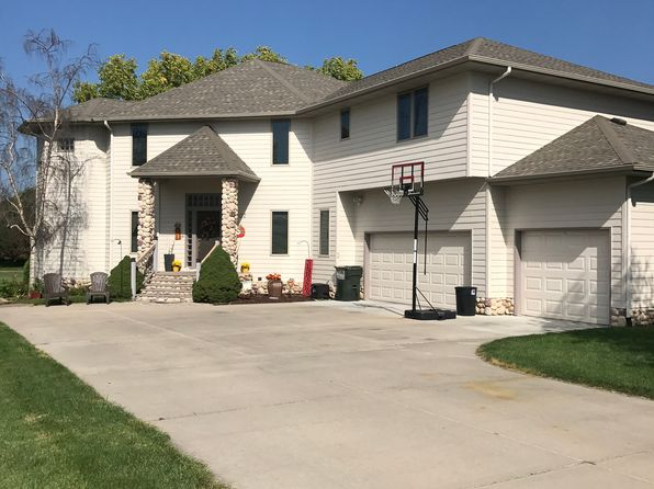 5 bed 5 bath Single Family at 1007 Park Way Norfolk, NE, 68701 is for sale at 430k - 1 of 31