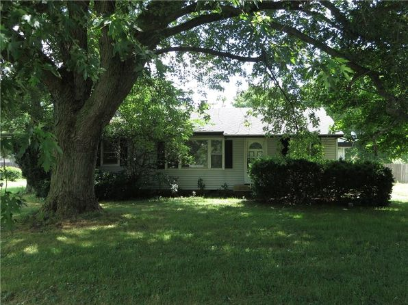 thorntown singles Single family home for sale at 8715 w state road 47, thorntown, in 46071 mls 21593175 view 41 photos of this 3 bed, 4 bath, 5297 sqft home priced at $529,90000.