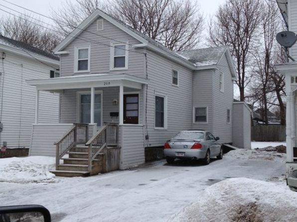 4 bed 1 bath Single Family at 219 W 6th St Oswego, NY, 13126 is for sale at 67k - google static map