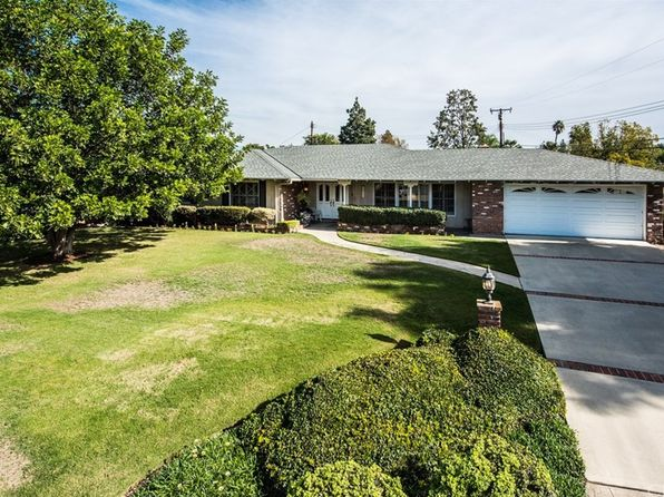 3 bed 2 bath Single Family at 13352 MONTAGNE DR SANTA ANA, CA, 92705 is for sale at 899k - 1 of 23