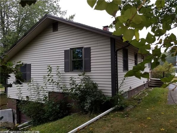 3 bed 1 bath Single Family at 1 Lincoln St Ellsworth, ME, 04605 is for sale at 40k - 1 of 29
