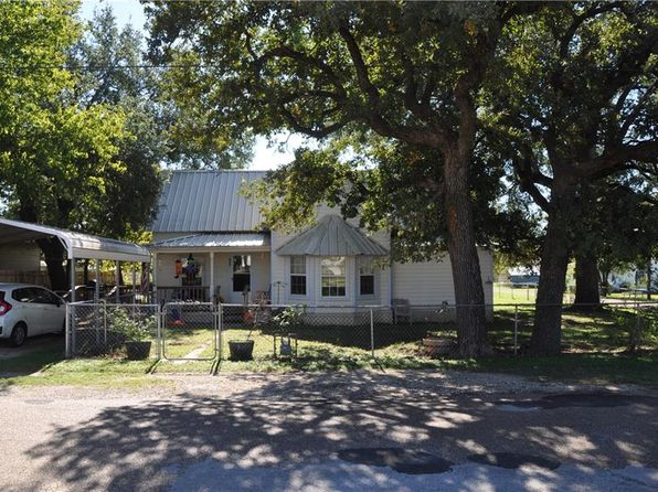 2 bed 2 bath Single Family at 101 W Kidd Iredell, TX, 76649 is for sale at 58k - 1 of 36