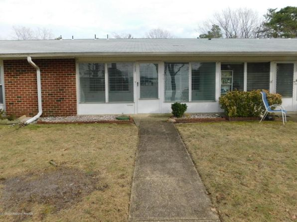 2 bed 1 bath Single Family at 1039B Aberdeen Dr Lakewood, NJ, 08701 is for sale at 55k - 1 of 9