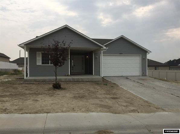 4 bed 2 bath Single Family at 235 Daytona Dr Rock Springs, WY, 82901 is for sale at 285k - 1 of 15