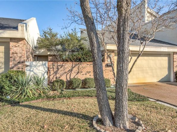 2 bed 2 bath Townhouse at 2108 Willowgate Ln Carrollton, TX, 75006 is for sale at 190k - 1 of 18