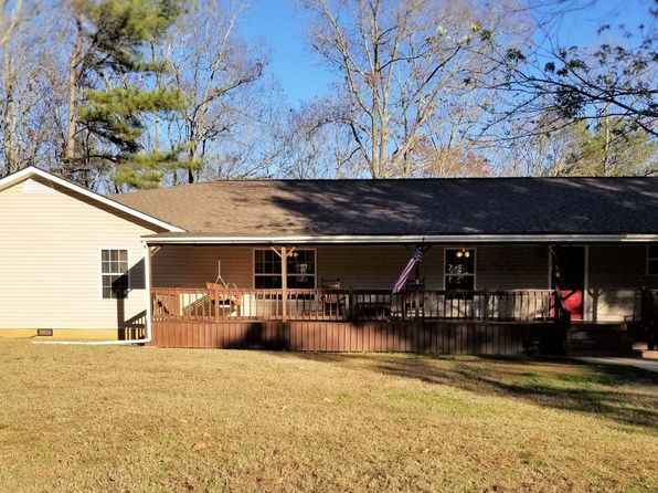 4 bed 3 bath Single Family at 1440 COUNTY ROAD 26 ROANOKE, AL, 36274 is for sale at 197k - 1 of 36