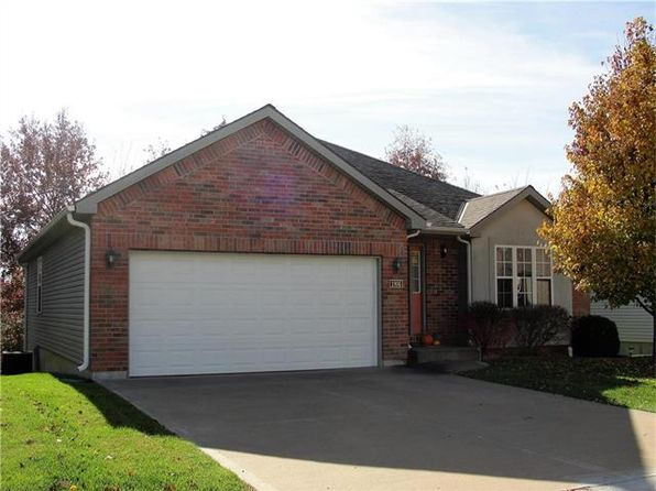 3 bed 2 bath Single Family at 1806 Ender Ln Warrensburg, MO, 64093 is for sale at 155k - 1 of 17