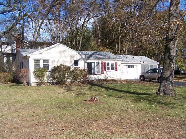 2 bed 1 bath Single Family at 3 Virginia Ln Rochester, NY, 14624 is for sale at 80k - 1 of 13