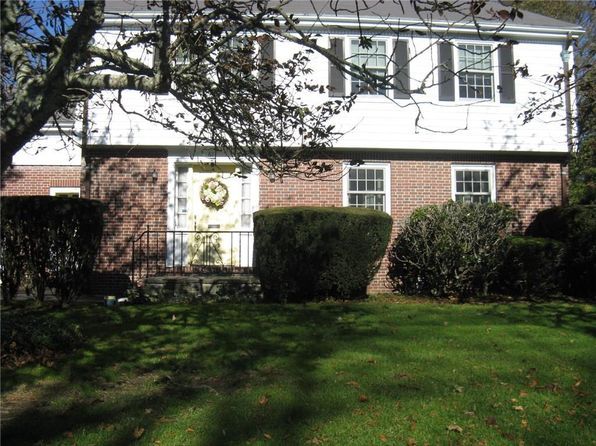 4 bed 5 bath Single Family at 61 Harrison Ave Newport, RI, 02840 is for sale at 900k - 1 of 40