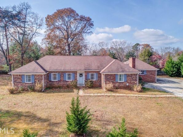 4 bed 2 bath Single Family at 620 Huckleberry Rd Canton, GA, 30114 is for sale at 249k - 1 of 10