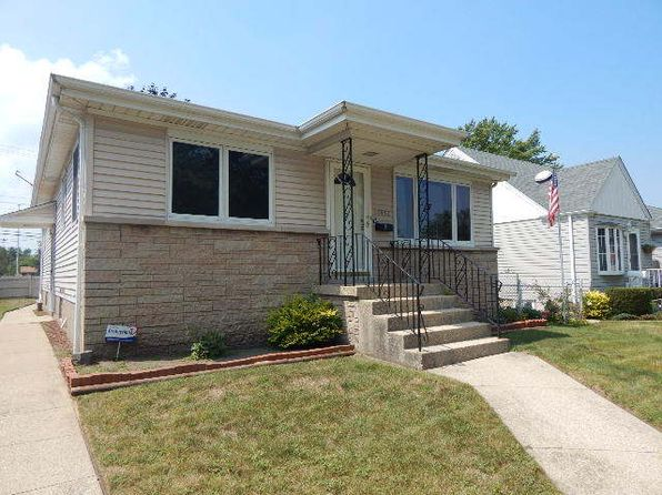 3 bed 2 bath Single Family at 17952 Glen Oak Ave Lansing, IL, 60438 is for sale at 130k - 1 of 22