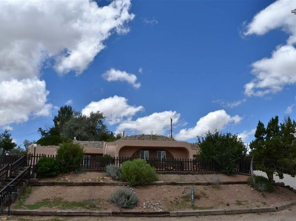 3 bed 3 bath Single Family at 1708 Linda Dr Gallup, NM, 87301 is for sale at 190k - 1 of 16