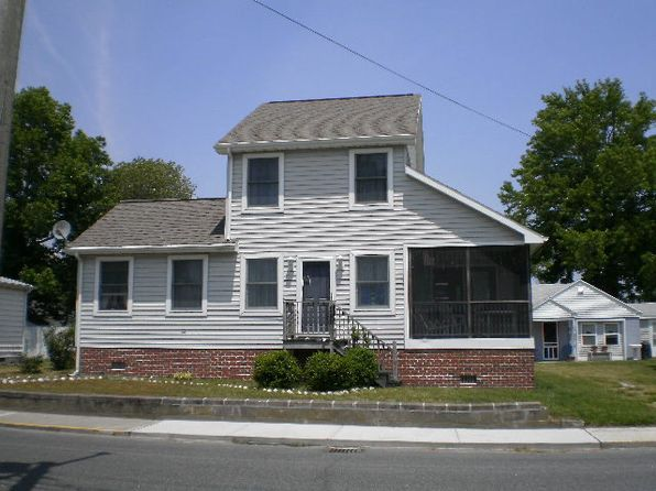 3 bed 3 bath Single Family at 6299 Clark St Chincoteague, VA, 23336 is for sale at 269k - 1 of 20
