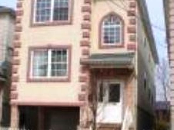 6 bed 4 bath Multi Family at 833 Rebecca Pl Elizabeth, NJ, 07201 is for sale at 300k - 1 of 18