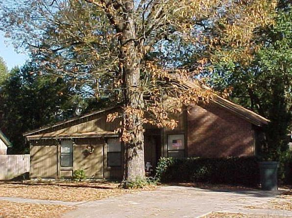 3 bed 2 bath Single Family at 7818 Oak Forest Pl Pensacola, FL, 32514 is for sale at 95k - 1 of 23