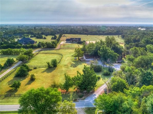4 bed 4 bath Single Family at 23000 N Briarwood Dr Edmond, OK, 73025 is for sale at 389k - 1 of 35