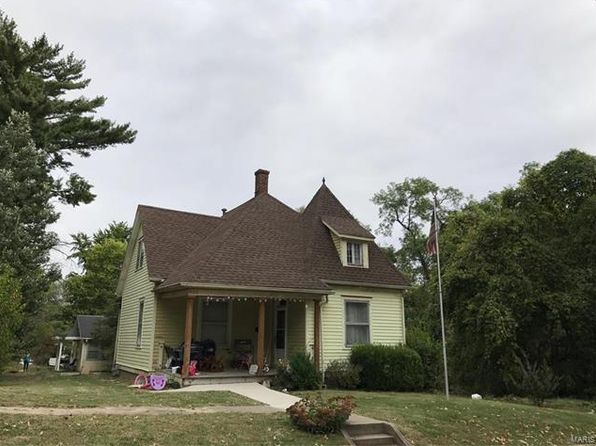 2 bed 1 bath Single Family at 401 E Dee St Lebanon, IL, 62254 is for sale at 75k - google static map