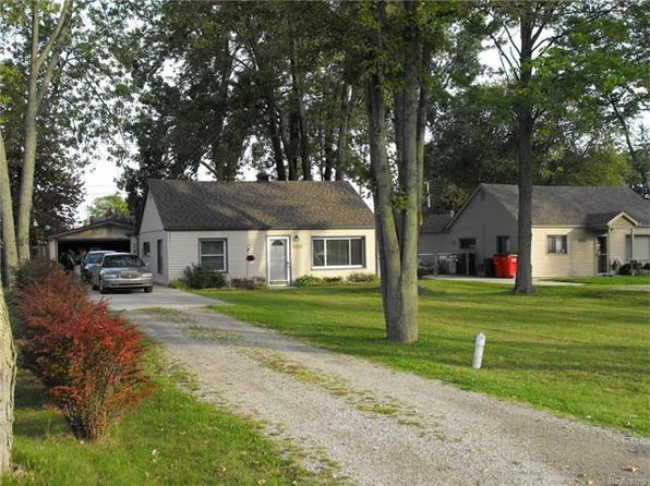 2 bed 1 bath Single Family at 34350 Munsie St Harrison Township, MI, 48045 is for sale at 115k - 1 of 10