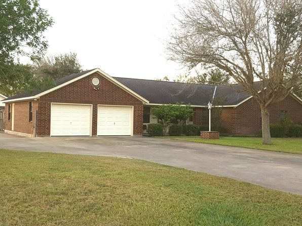 3 bed 2 bath Single Family at 302 BASSWOOD ST VICTORIA, TX, 77904 is for sale at 278k - 1 of 17