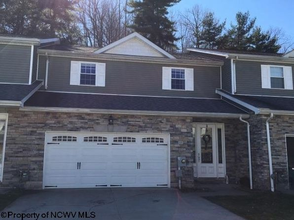 5 bed 6 bath Townhouse at 15 TURNSTONE DR MORGANTOWN, WV, 26505 is for sale at 218k - 1 of 12
