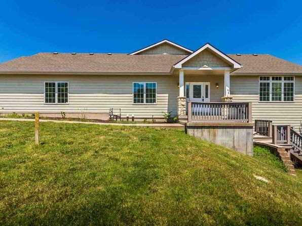 3 bed 3 bath Single Family at 1616 Mulligan Pl Manhattan, KS, 66502 is for sale at 275k - 1 of 21