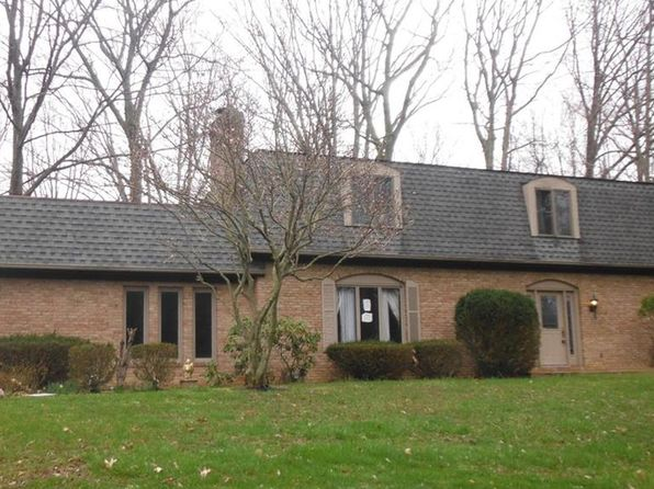 4 bed 3 bath Single Family at 1415 Sugar Knoll Dr Akron, OH, 44333 is for sale at 425k - 1 of 42