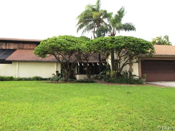 5 bed 4 bath Single Family at 13500 SW 104TH AVE MIAMI, FL, 33176 is for sale at 649k - 1 of 45