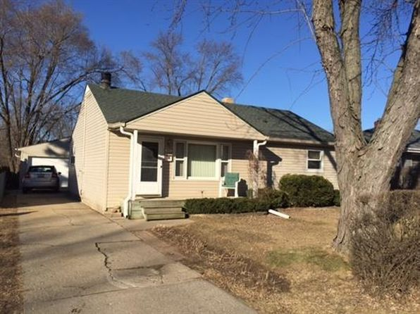 3 bed 2 bath Single Family at 2407 Paradise Blvd Rockford, IL, 61103 is for sale at 55k - 1 of 11