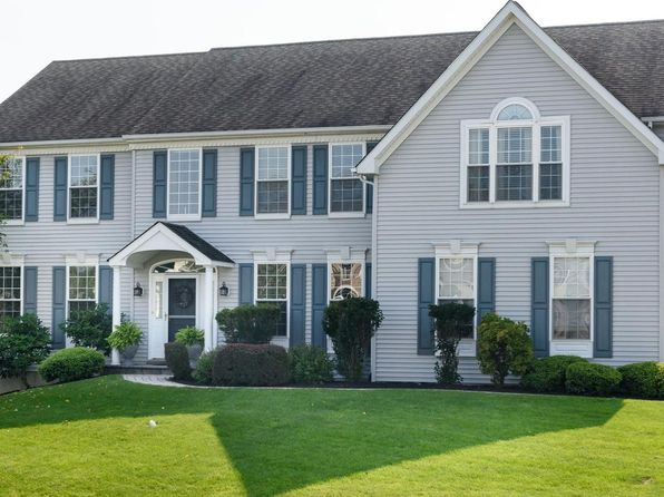 4 bed 4 bath Single Family at 108 Cherry Grove Ln Downingtown, PA, 19335 is for sale at 500k - 1 of 25