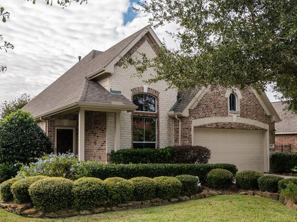 2 bed 2 bath Single Family at 2306 N Lago Vista Dr Pearland, TX, 77581 is for sale at 250k - 1 of 32