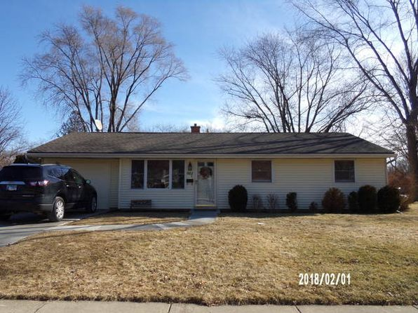 3 bed 1 bath Single Family at 1902 Winston Ln Schaumburg, IL, 60193 is for sale at 193k - 1 of 14