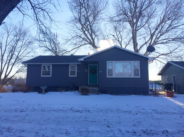 3 bed 2 bath Single Family at 1708 S Cameo Way Sioux Falls, SD, 57105 is for sale at 149k - 1 of 7