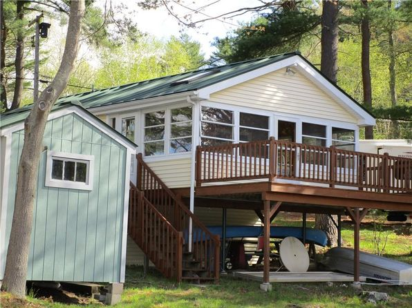 2 bed 1 bath Single Family at 3 LOGEE POINT RD THOMPSON, CT, 06277 is for sale at 180k - 1 of 28
