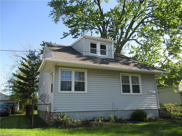 2 bed 2 bath Single Family at 14054 Berwyn Ave Cleveland, OH, 44111 is for sale at 78k - 1 of 27