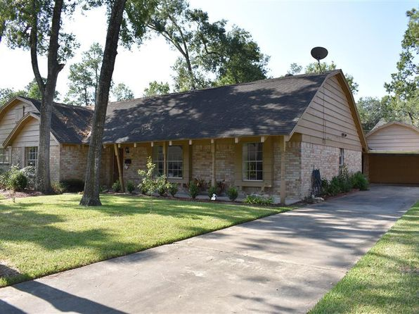 4 bed 2 bath Single Family at 2708 Colonial Dr Dickinson, TX, 77539 is for sale at 140k - 1 of 26