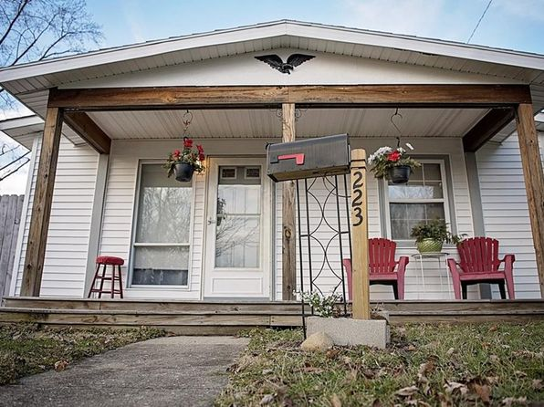 2 bed 1 bath Single Family at 223 PRENTICE DR NEW CARLISLE, OH, 45344 is for sale at 69k - 1 of 26