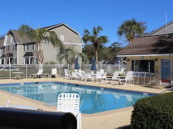 2 bed 2 bath Single Family at 850 Mallery St Saint Simons Island, GA, 31522 is for sale at 220k - 1 of 16