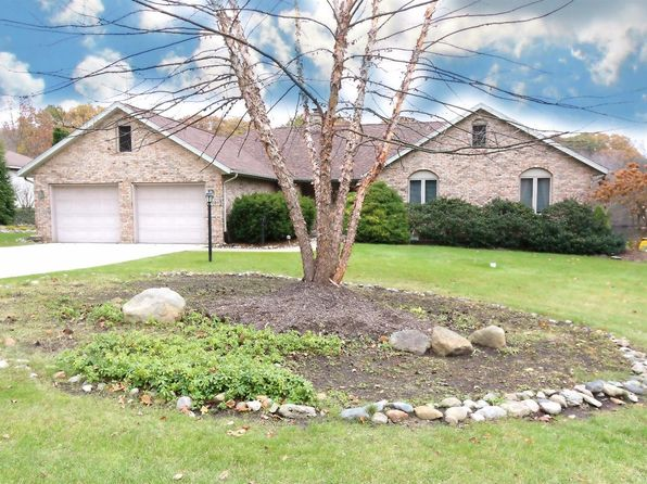 3 bed 2.75 bath Single Family at 5401 N Barclay La Porte, IN, 46350 is for sale at 330k - 1 of 40