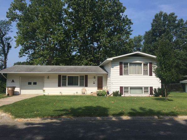 3 bed 2 bath Single Family at 8 Crestwood Dr Carlinville, IL, 62626 is for sale at 115k - 1 of 27