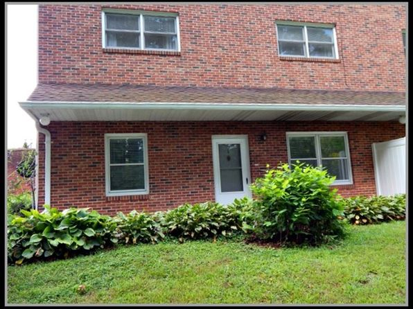 2 bed 2 bath Condo at 80 WHITE OAK ST FRANKLIN, NC, 28734 is for sale at 75k - 1 of 24