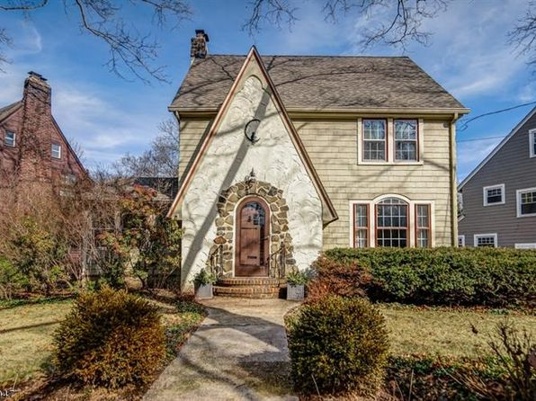 4 bed 3 bath Single Family at 143 Oakland Rd Maplewood, NJ, 07040 is for sale at 599k - 1 of 23