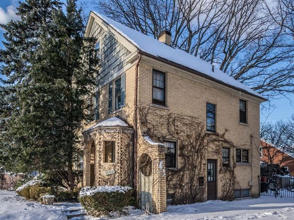 3 bed 2 bath Single Family at 1009 S Denwood St Dearborn, MI, 48124 is for sale at 299k - 1 of 58