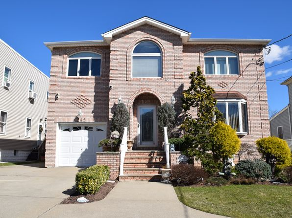 4 bed 3 bath Single Family at 265 Brighton St Staten Island, NY, 10307 is for sale at 850k - 1 of 17